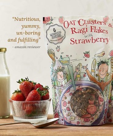 Monsoon Harvest Oat Clusters & Ragi with Strawberry Flakes